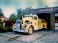 fire_engine_and_firehouse-300x221